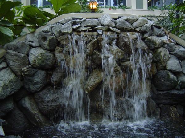 Aquascapes_Unique_Hardscapes_Kentucky_6