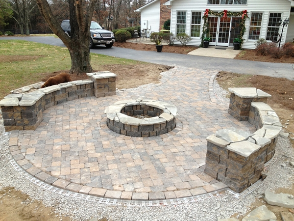 Fireplaces_OutdoorKitchens_Unique_Hardscapes_Kentucky_18