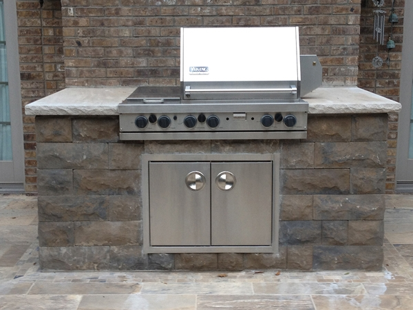Fireplaces_OutdoorKitchens_Unique_Hardscapes_Kentucky_22