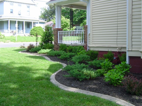 Landscaping_Curbing_Unique_Hardscapes_Kentucky_13