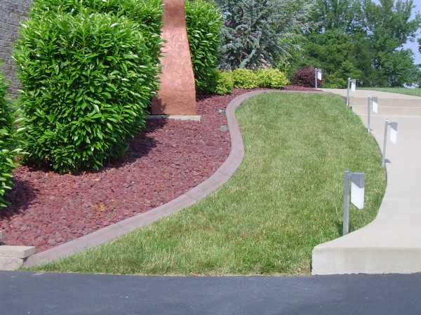 Unique Hardscapes landscaping and curbing