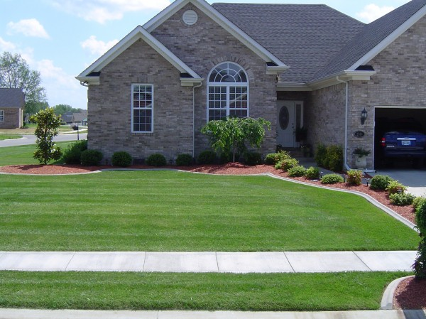 Landscaping_Curbing_Unique_Hardscapes_Kentucky_19