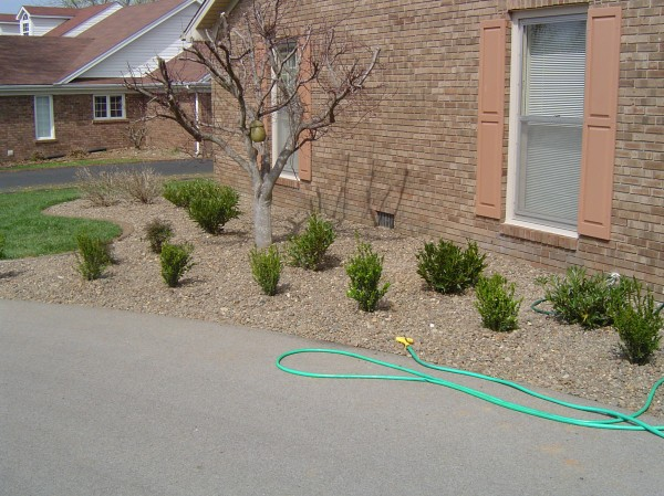 Landscaping_Curbing_Unique_Hardscapes_Kentucky_24