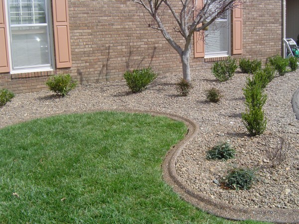 Landscaping_Curbing_Unique_Hardscapes_Kentucky_25
