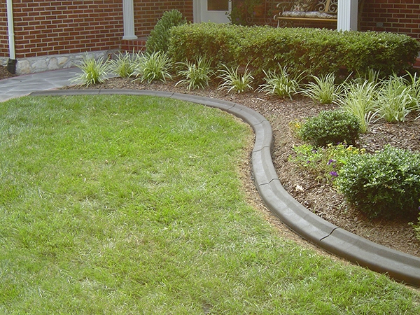 Landscaping_Curbing_Unique_Hardscapes_Kentucky_29