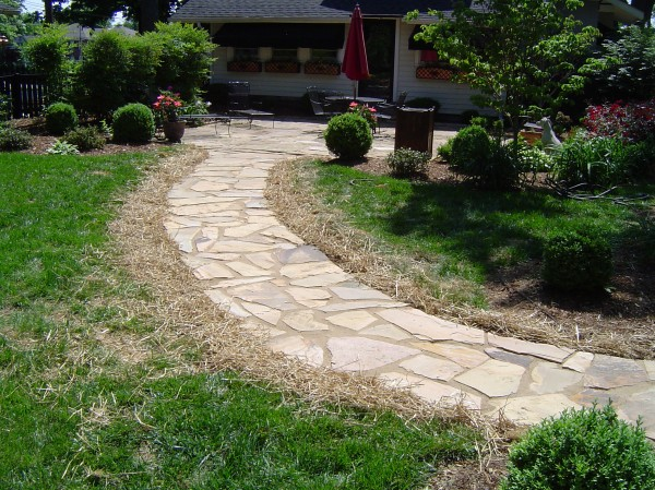 Patio_Walkway_Unique_Hardscapes_Kentucky_20