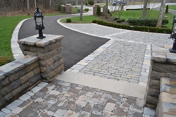Patio_Walkway_Unique_Hardscapes_Kentucky_60