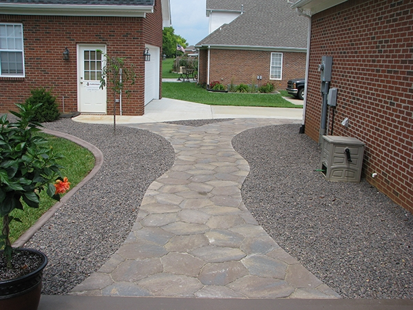 Patio_Walkway_Unique_Hardscapes_Kentucky_8