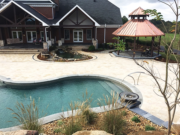 Pool_Unique_Hardscapes_Kentucky_11