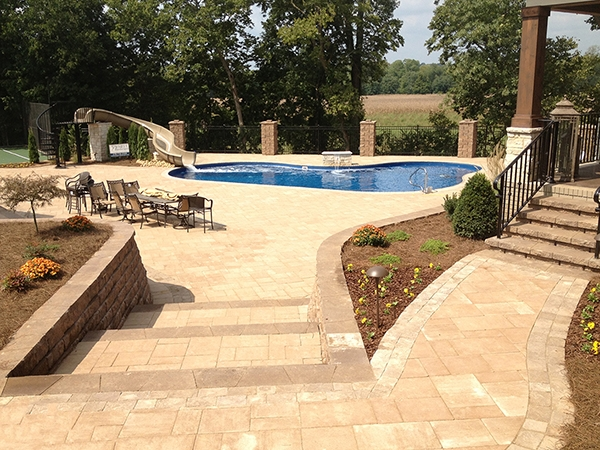 Pool_Unique_Hardscapes_Kentucky_21