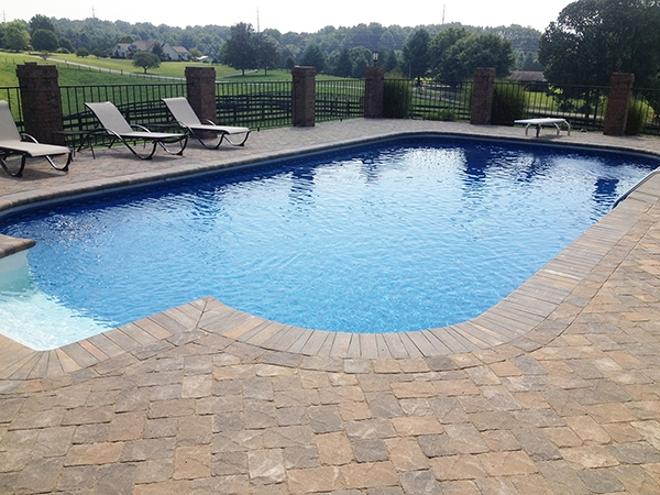 Pool_Unique_Hardscapes_Kentucky_26