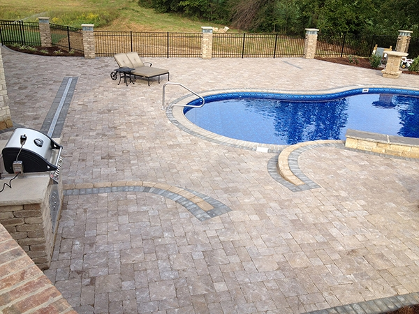 Pool_Unique_Hardscapes_Kentucky_34