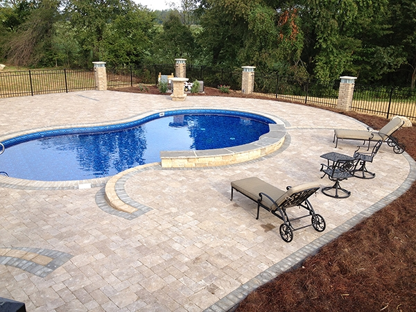 Pool_Unique_Hardscapes_Kentucky_35