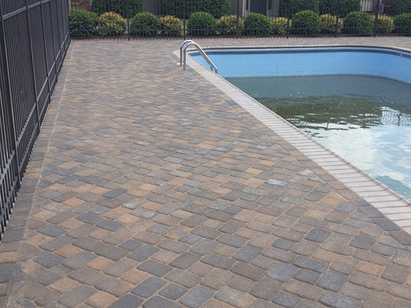 Pool_Unique_Hardscapes_Kentucky_39