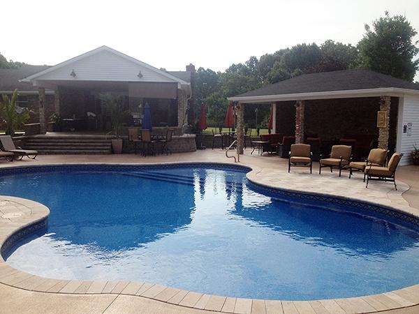 Pool_Unique_Hardscapes_Kentucky_42