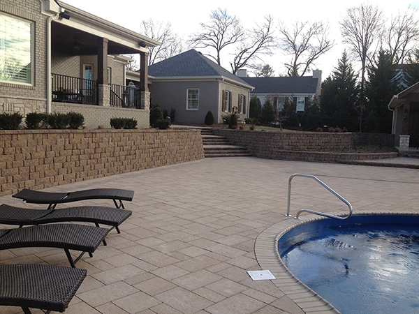 Pool_Unique_Hardscapes_Kentucky_43